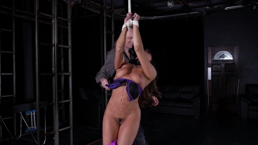 Christiana Cinn Clip 02